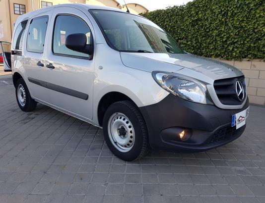 Autocasión MID Car vehículos segunda mano Madrid, Torrejón de Ardoz - Mercedes Benz Citan 109 TourerPro Largo BE al mejor precio