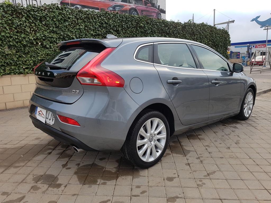 Autocasión MID Car vehículos segunda mano Madrid, Torrejón de Ardoz, VOLVO V40 2.0 D3 Summum Auto al mejor precio