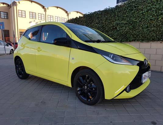Autocasión MID Car vehículos segunda mano Madrid, Torrejón de Ardoz - Toyota Aygo 1.0 X-Cite 5 Puertas al mejor precio