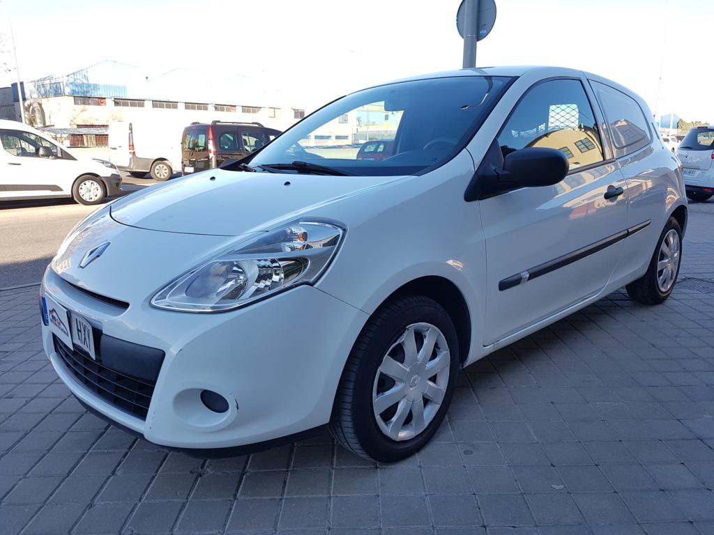 Autocasión MID Car vehículos segunda mano Madrid, Torrejón de Ardoz, Renault Clio 1.5dci Societe al mejor precio