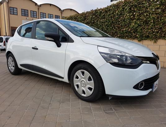 Autocasión MID Car vehículos segunda mano Madrid, Torrejón de Ardoz - Renault Clio 1.5dCi 5 Puertas al mejor precio