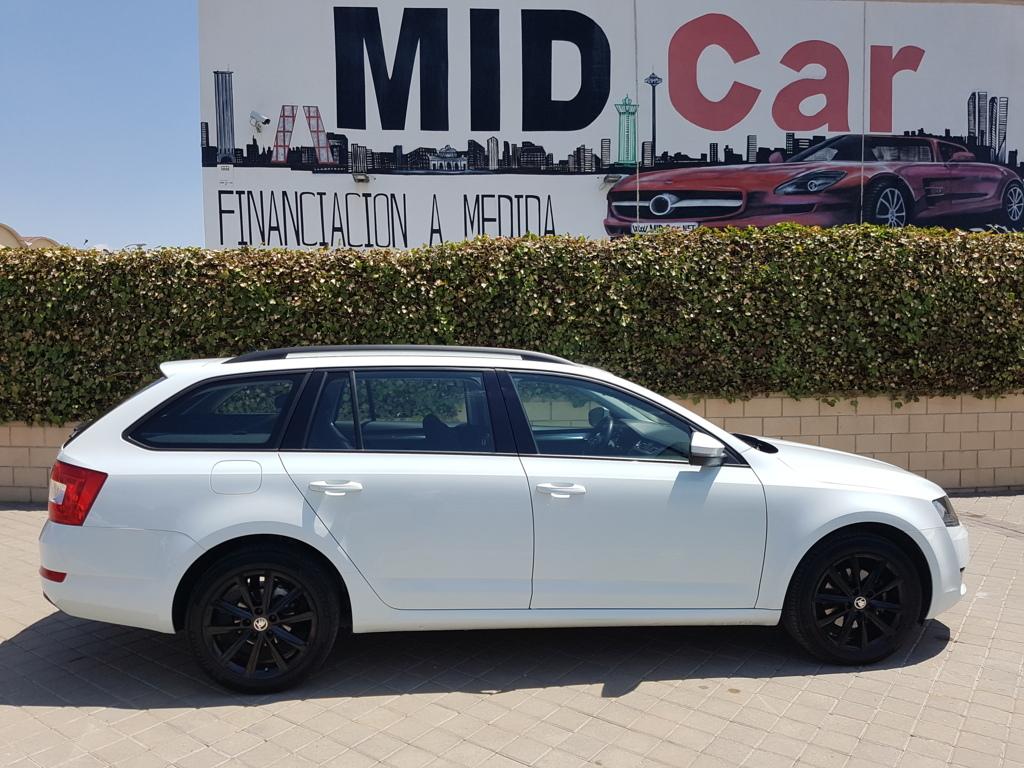 Autocasión MID Car vehículos segunda mano Madrid, Torrejón de Ardoz, Skoda Octavia Combi 2.0Tdi DSG Style BMT al mejor precio