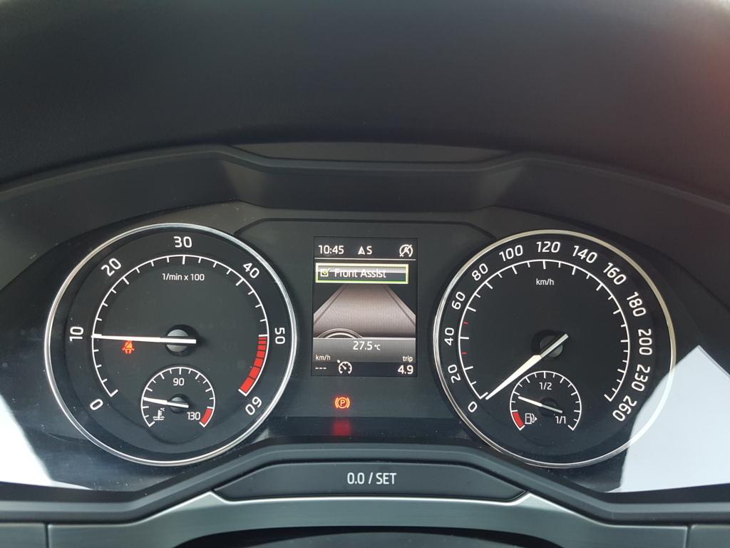 MIDCar coches ocasión Madrid Skoda Superb Combi  2.0Tdi 150Cv
